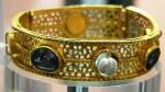 800px-bracelet_denfant
