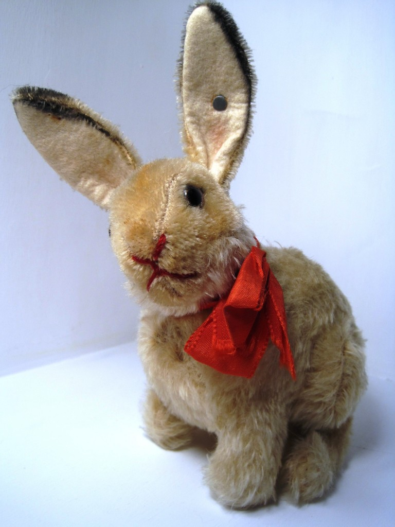This 18-centemeter maize mohair Easter Rabbit was only produced in 1949 and was one of the very first Steiff items produced after the Giengen factory reopened after the Second World War.
