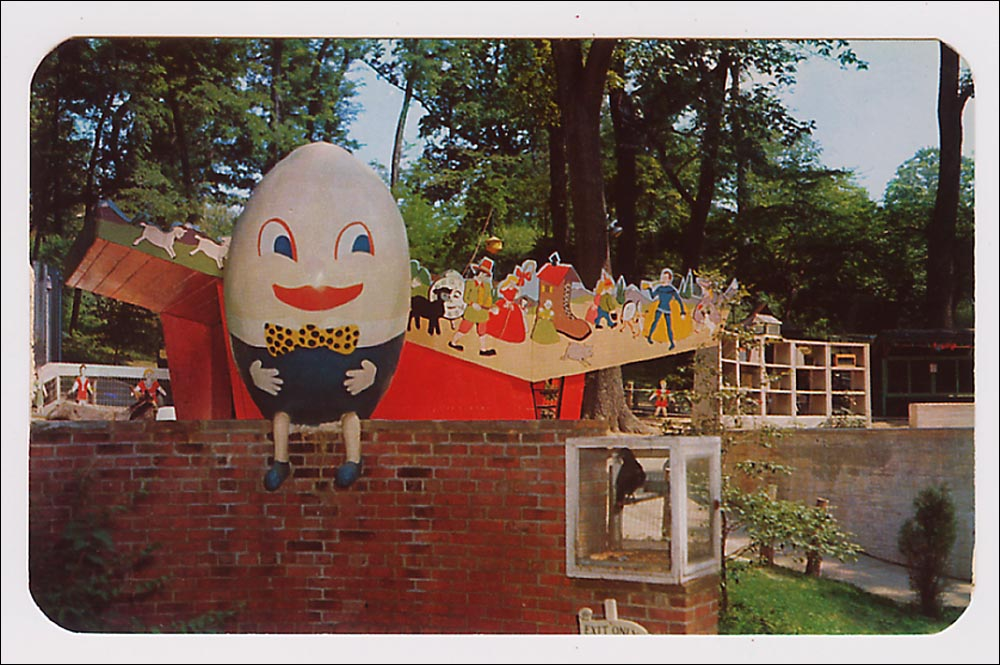 Rounded corners on this Chrome place it in the 1950s. Showing Humpty Dumpty at the Children's Zoo in Wilmington, Del., cards of kiddy parks from this kinder, gentler era are often seen in auctions for $3-$6.