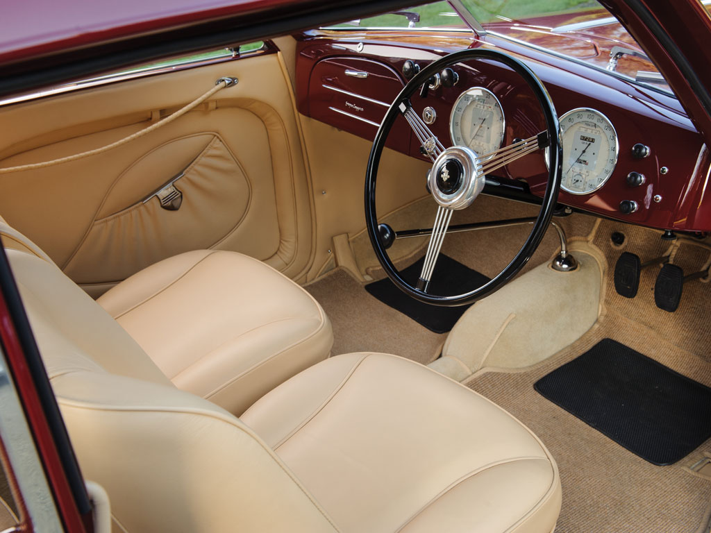The interior of the 1939 Alfa Romeo 6C2500 Sport Berlinetta.
