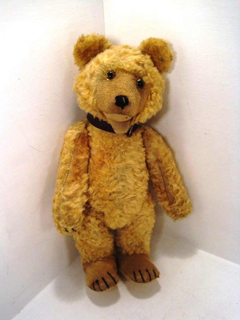 This late-'40s silk plush Steiff Teddy Baby doesn't have any personal history or significant financial value, but his eyes, detailing and materials make him quite desirable from a collector's perspective. As a result, I had his foot seams reinforced and his broken arm joints replaced so he could once again have full flexibility.