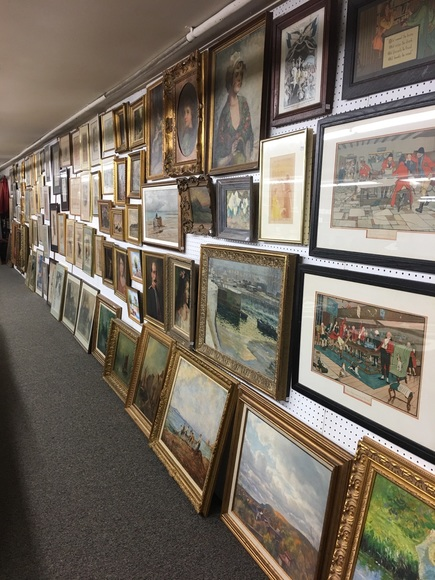 discovery auction art
