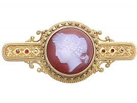 What is a Cameo Brooch?
