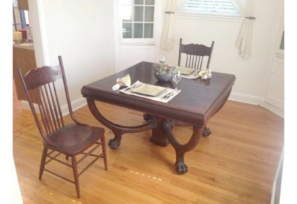 From the Worthologists' Files:  An Empire Revival Table